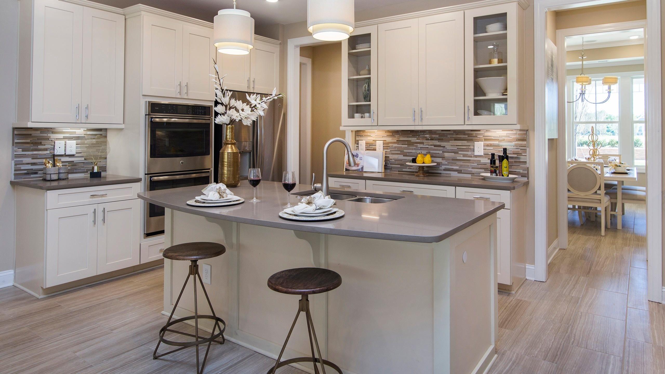 lrg_kitchen_redwood.jpg